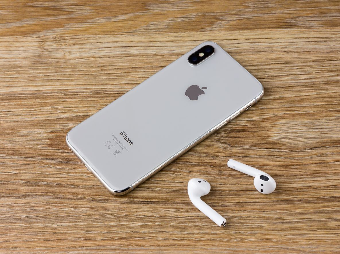 Apple AirPods - 1