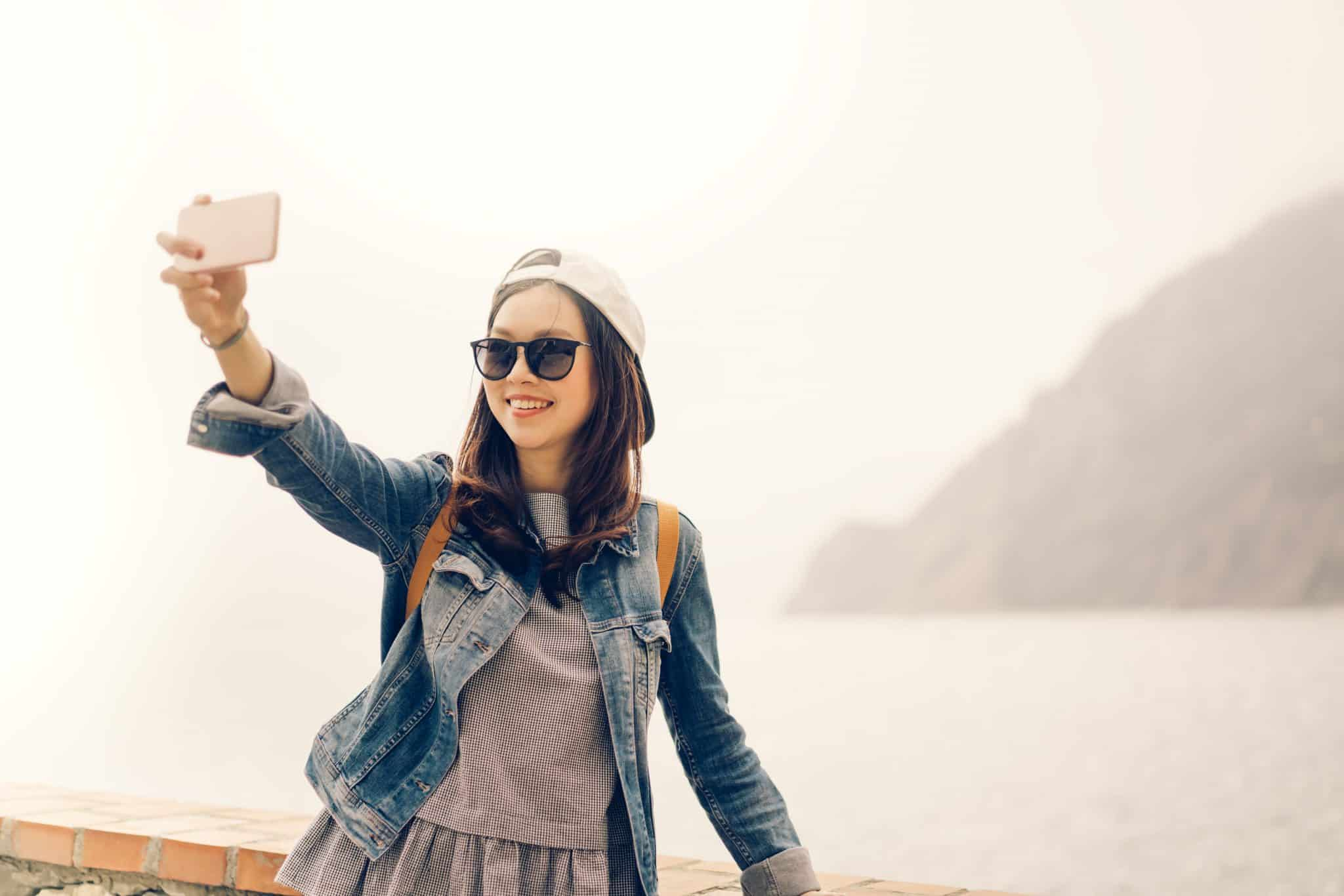 pop-up selfie camera