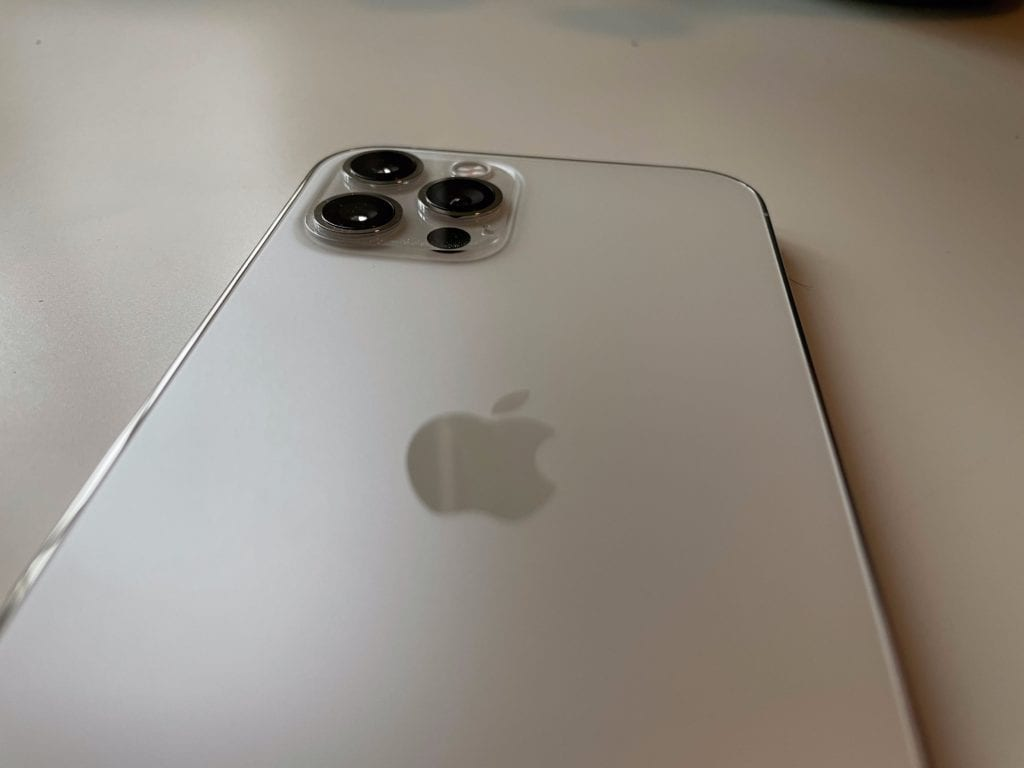 Review iPhone 12 iPhone 12 Pro