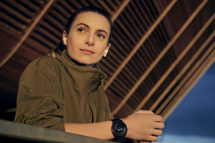 OnePlus Watch lifestyle